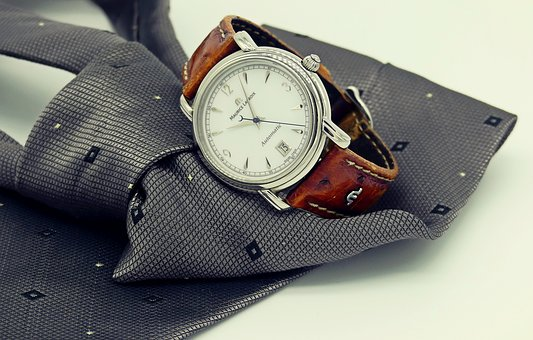 zegarki szwajcarskie z datownikiem